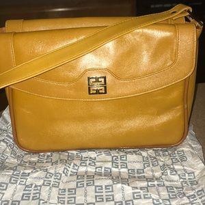 Givenchy Sac Vintage Double Flap Shoulder Bag